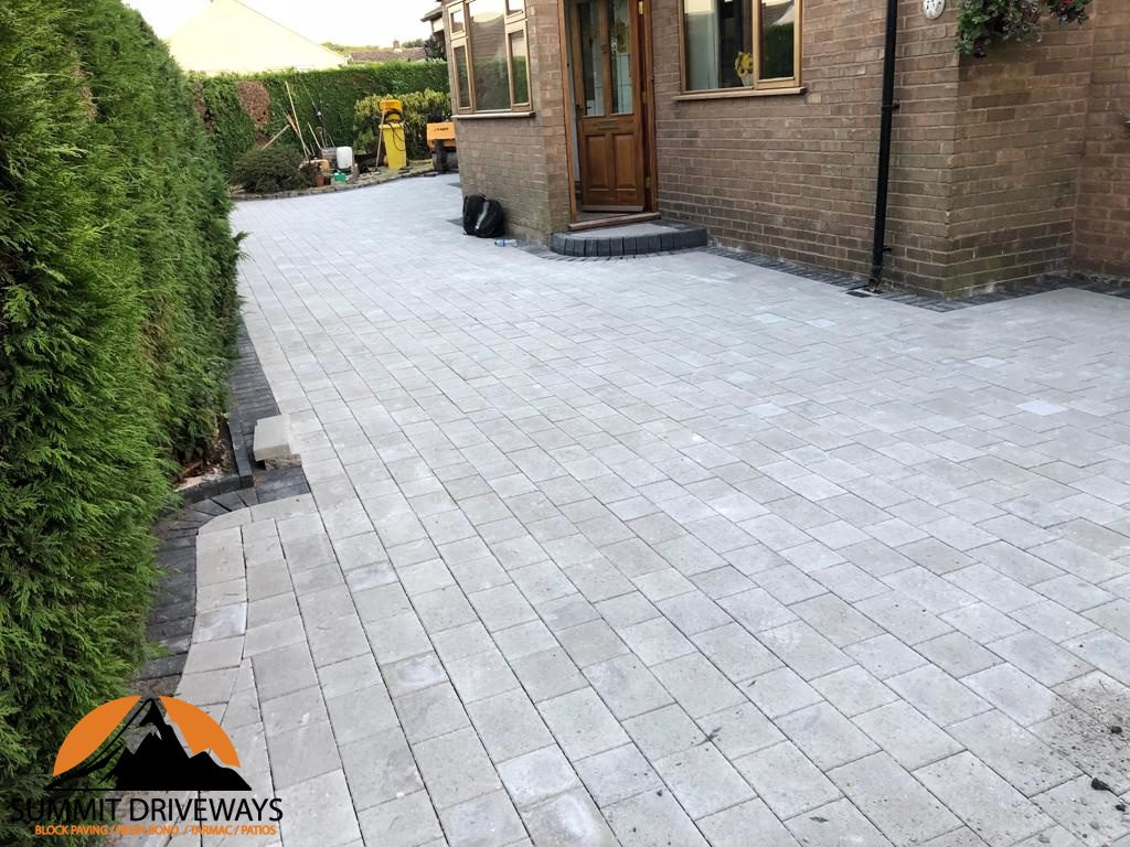 Driveway Paving With Tegula