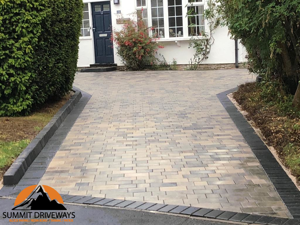 Block Paving Contractors in Hinckley