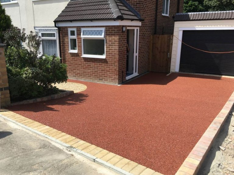 Resin Driveway Installed near Rugby